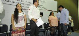 Entrega Titular de Sedesol Seguro a Madres de Familia y Apoyo a Adultos Mayores en Gira por Puerto Vallarta