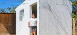 Inicia Dávalos entrega de 'Cuartos Adicionales' en El Aguacate