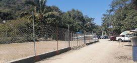 Se Apropia Agente de Boca de Tomatlán de Ribera del Río para Cobrar Estacionamiento